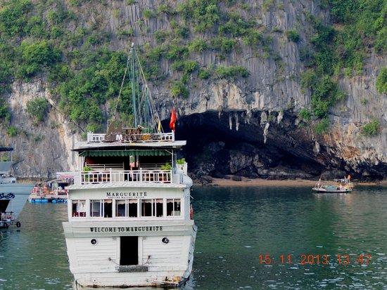 Pelican Cave (Hang Bo Nau): Hang Bo Nau cave
