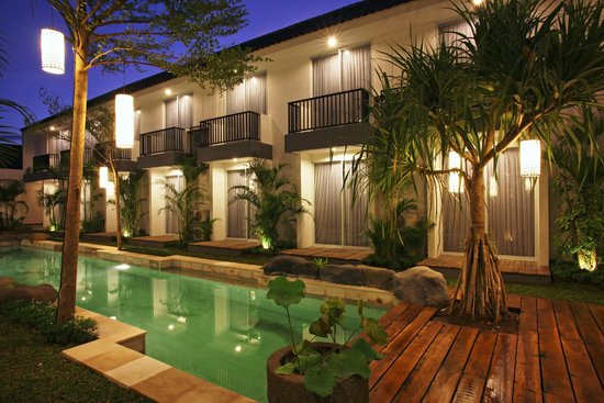 7 Bidadari Boutique Hotel: The Pool and Tropical Garden
