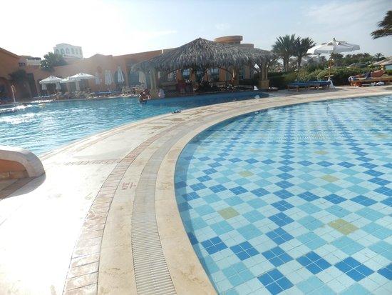 Moevenpick Resort & Spa El Gouna: pool