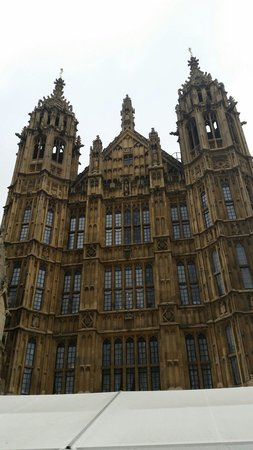 Houses of Parliament: The grand welcome