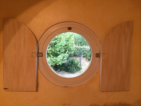 Beau Soleil : Finestra della camera