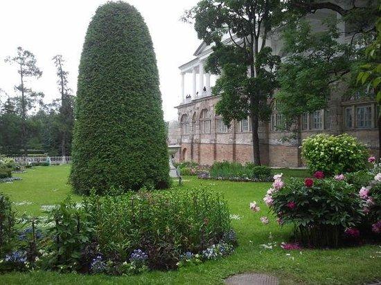 Tsarskoye Selo State Museum Preserve: Цветник