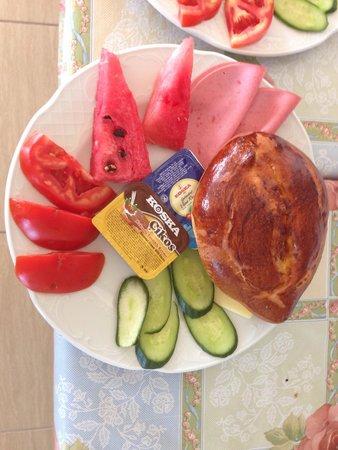 Pilot Inn: 早餐