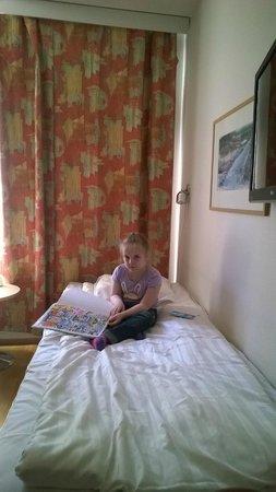 Hotel Cumulus Kotka: Нижняя кровать