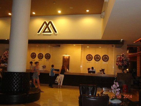 Alkoclar Exclusive Kemer: рецепция отеля