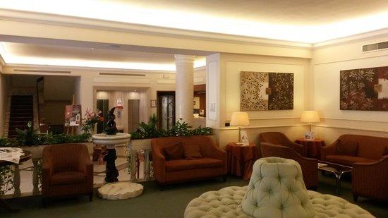 Grand Hotel Adriatico : La hall