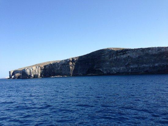 Luzzu Cruises: Gozo, Comino, and Blue Lagoon Tour
