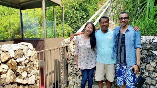 The Ungasan Clifftop Resort: He such a lovely man and funny person.