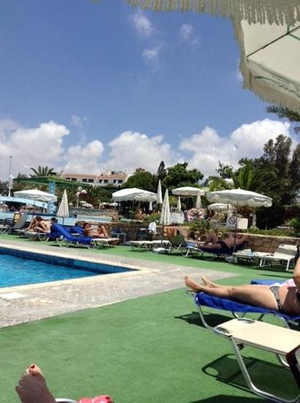 Aloe Hotel : two pools to choose from