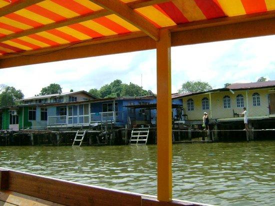 Kampong Ayer - Venice of East : The Kampong Ayer life - 1