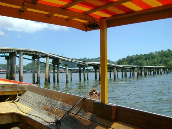 Kampong Ayer - Venice of East : Public utilities at Kampong Ayer