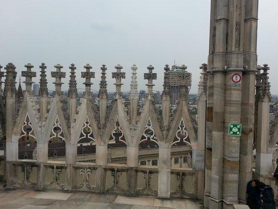 Piazza del Duomo: шпили Собора