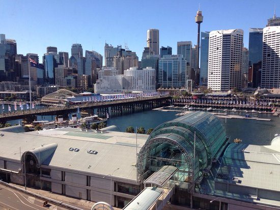 Novotel Sydney on Darling Harbour : What a view <3 it..