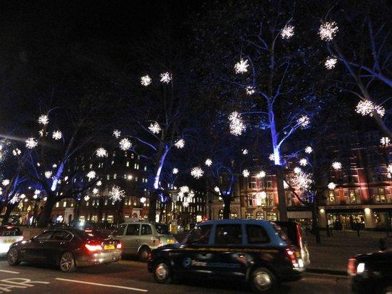 Sloane Square: ARIA DI NATALE