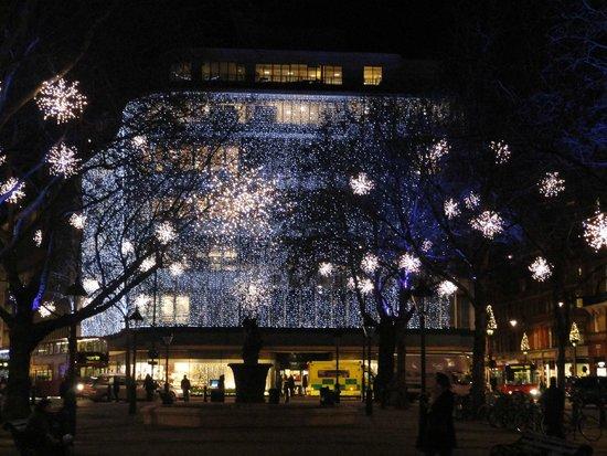 Sloane Square: GRANDE MAGAZZINO