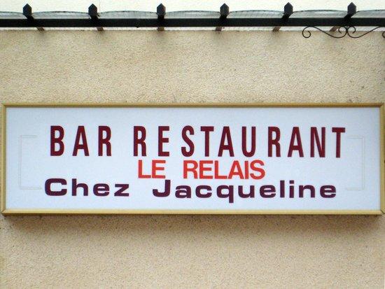 Chez Jacqueline: L'insegna