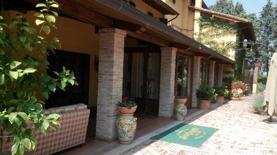 Garden Resort & Spa San Crispino: Ingresso parte interna