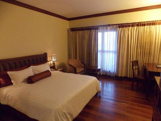 Royal Angkor Resort & Spa : chambre