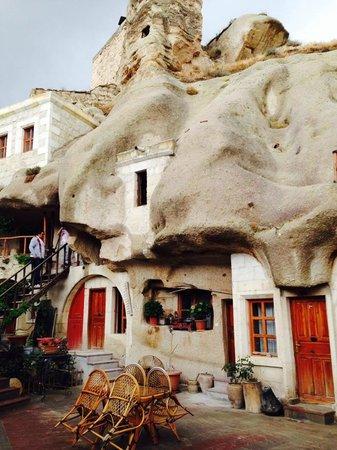 Shoe String Cave House: 1ére apperçue