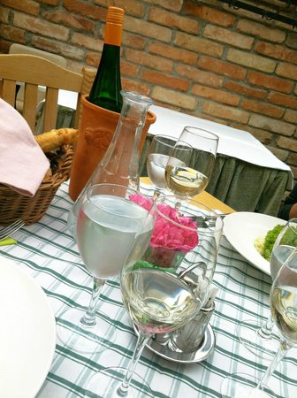 Siedler: house wine