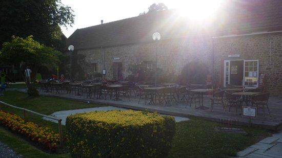 Chateau de Lez-Eaux: Bar Terrace