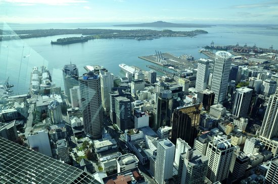 Mercure Auckland: Mercure Hotel from the Sky Tower