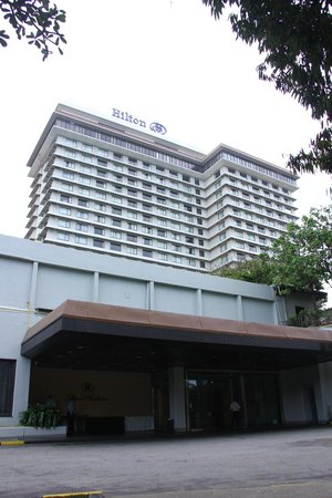 Hilton Colombo: hotel from outside
