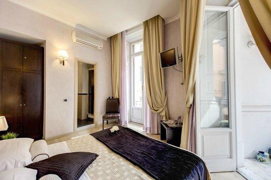 Hotel Le Petit Photo
