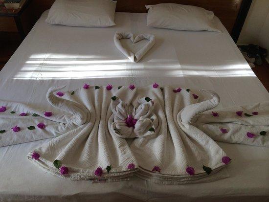 Karbel Hotel: Maids work