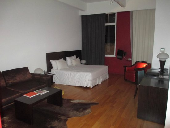 Moreno Hotel Buenos Aires: large room