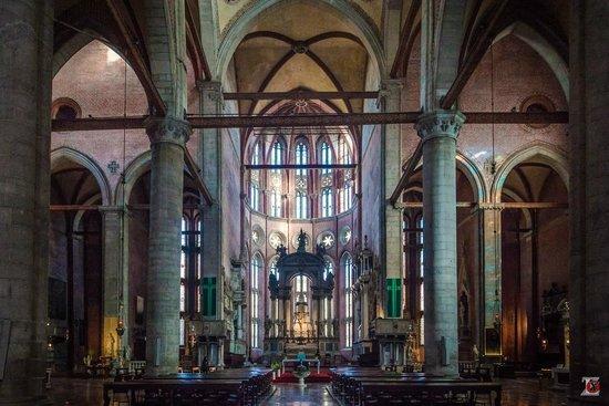 Basilica dei Santi Giovanni e Paolo (San Zanipolo): Интерьер
