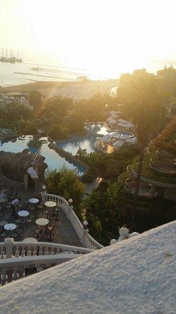 Crystal Sunrise Queen Luxury Resort & SPA: The pools!