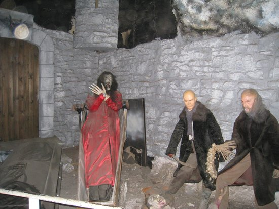 Dracula Experience: Rising on the ship