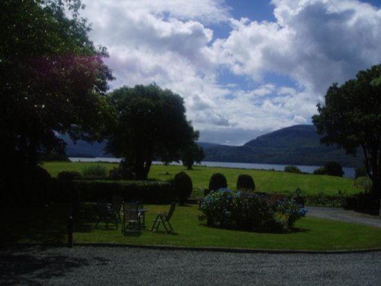 Loch Lein Country House: nice view