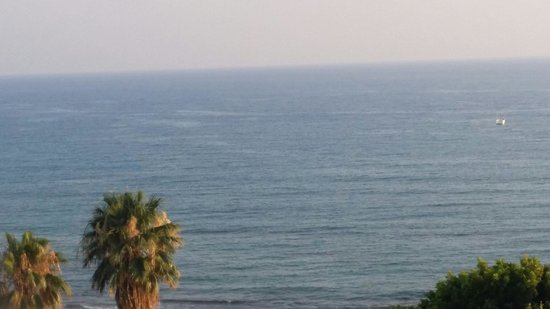 Crystal Sunrise Queen Luxury Resort & SPA: Beautiful view of the sea