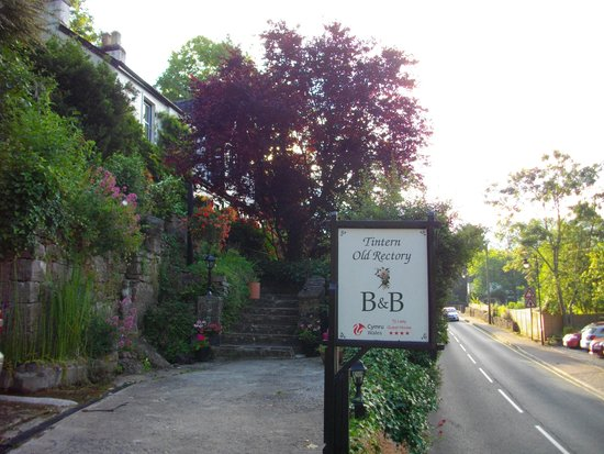 Tintern Old Rectory B&B: The old Rectory