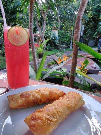 Dewangga Bungalow: Breakfast