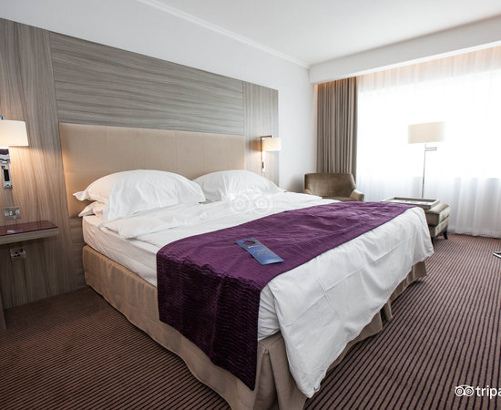 The Superior King Room at the Radisson Blu Hotel, Manchester Airport