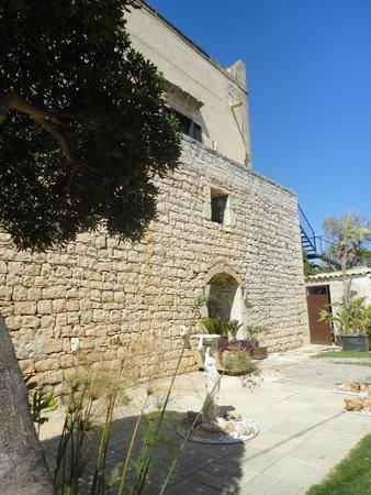 Dama Saracena: Torre Saracena