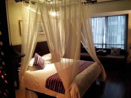 SSAW Boutique Hotel Shanghai Bund: nice size bed