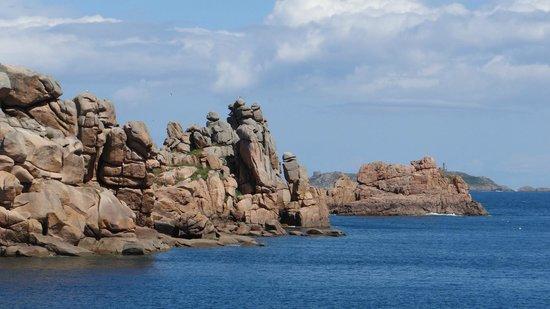 Sentier des douaniers: More Rocks...