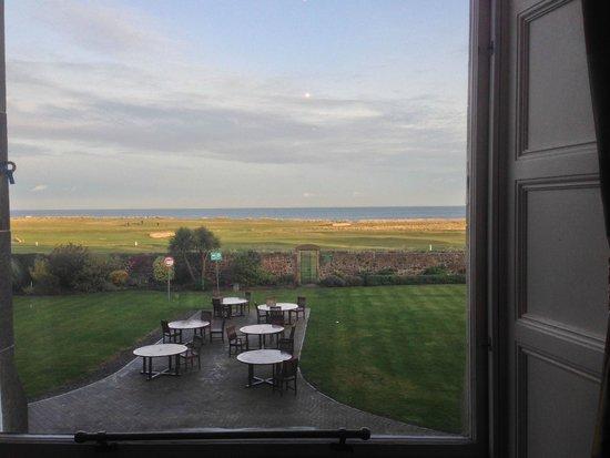 Macdonald Marine Hotel & Spa: view from breakfast room
