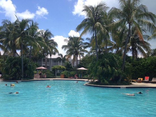 Tranquility Bay Beach House Resort: Family pool