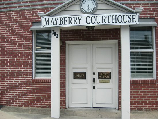 Wally's Service Station: Mayberry Jail