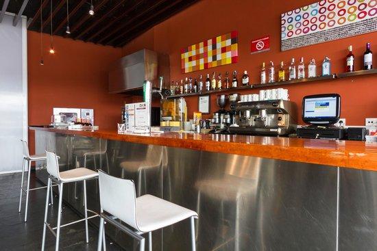 Catalonia Las Cañas: Bar