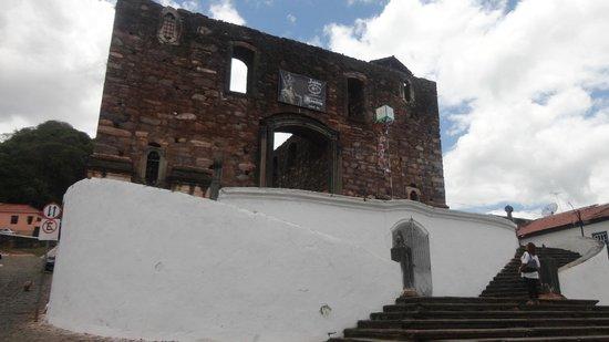 Our Lady of Rosario: Outra vista da Igreja.
