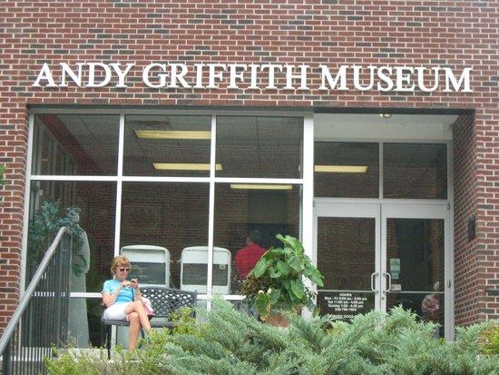 The Andy Griffith Museum : Andy Griffith Museum entrance
