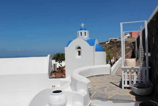 Santorini Princess: One of the views of the hotel grounds