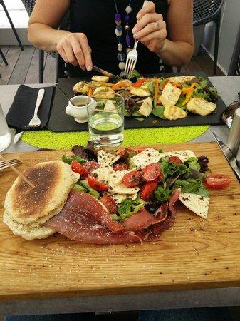Le Petit Zinc: Les deux salades