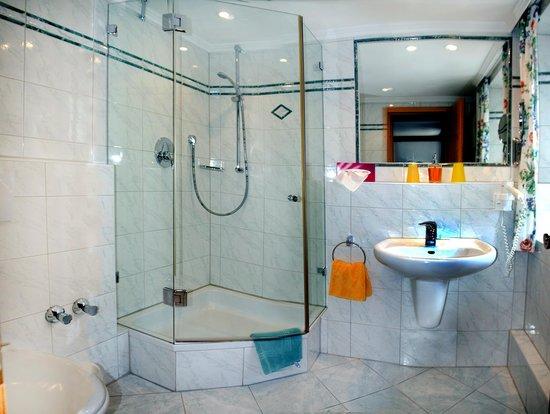 Zum Schweizerbartl: Badezimmer